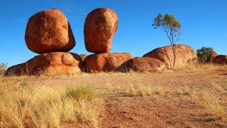 Les Devils Marbles dans le centre de l'Australie
