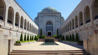 Histoire de l'Australie : mémorial de Canberra